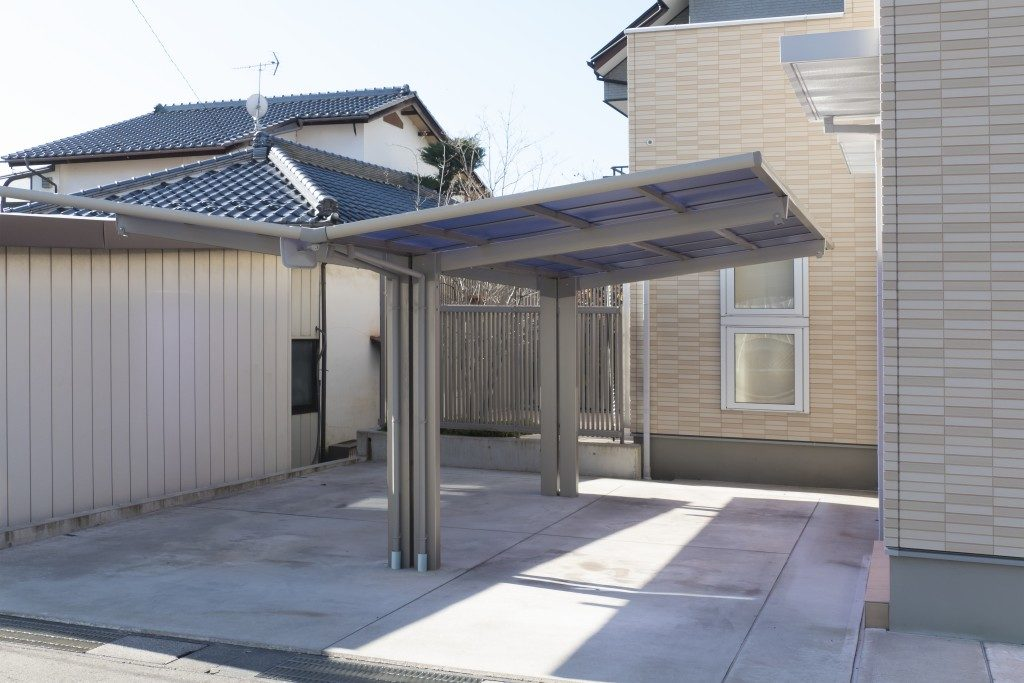 Residential car port