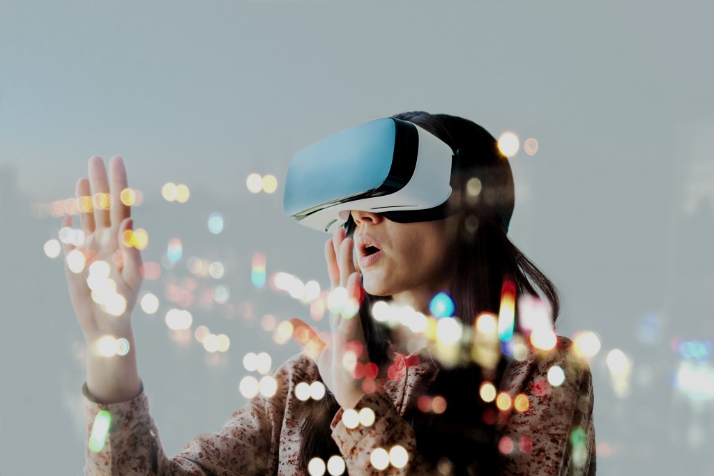 woman using a VR