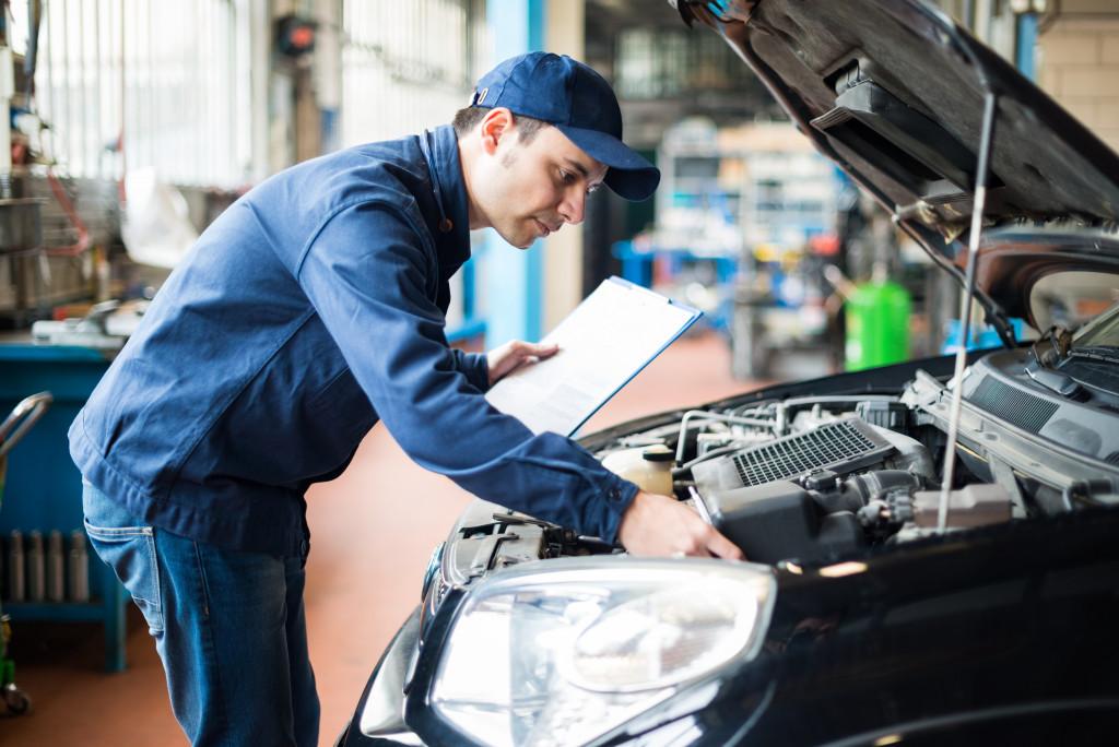 auto repair shop mechanic